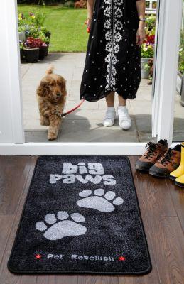 Pet Rebellion XL Barrier Rug Colour: Big Paws / Size1: XL